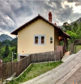 Apartamentos Turísticos La Montaña Mágica