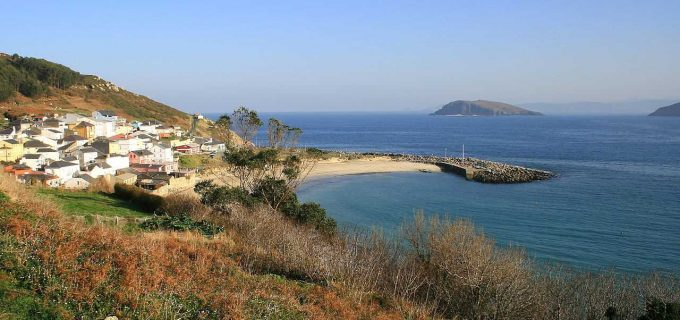 Puerto y playa de Bares