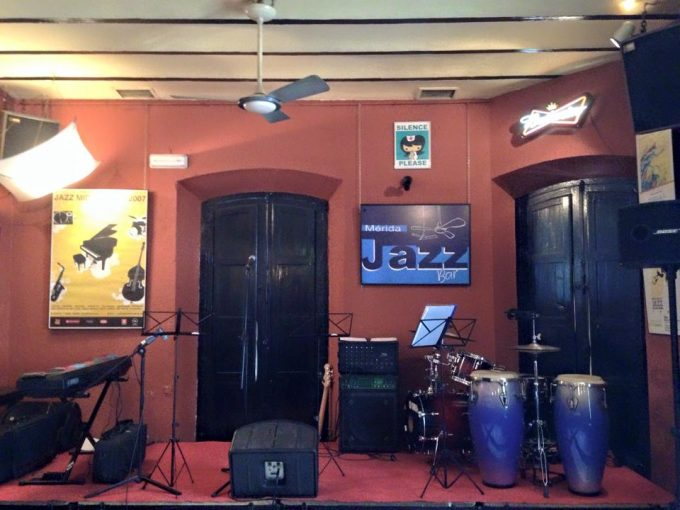 Pub Jazz Bar